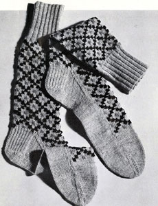 Diamond Argyle Socks Pattern