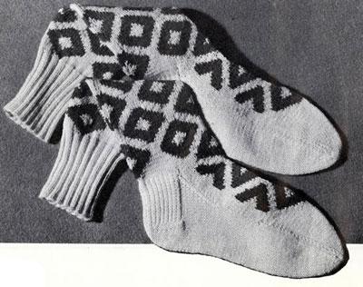 Bold Diamond Argyle Socks Pattern