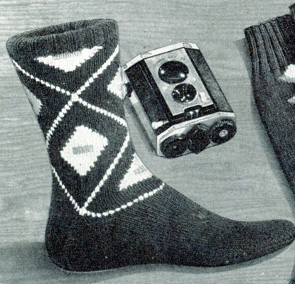 Large Diamond Socks Pattern