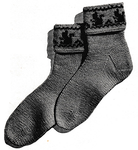 Squirrel-Cuff Socks Pattern #5706