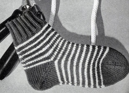 Children's Sock Pattern No. 527