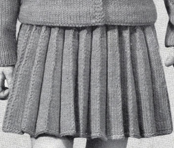Girl's Knife Pleated Skirt Pattern