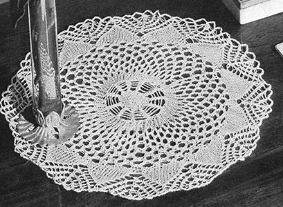 Arrow and Pine Doily Pattern #7402